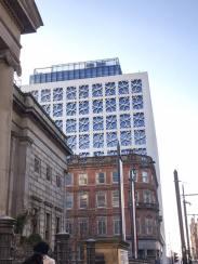 Alte und neue Gebäude sind in Manchester sehr gemischt.
